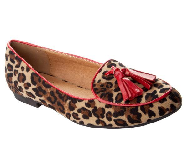 Leopard Print Flats. Looking to spice up your casual outfits? Take a walk on the wild side in leopard print flats! Transform your look from fine to fabulous with pairs featuring exotic prints to .